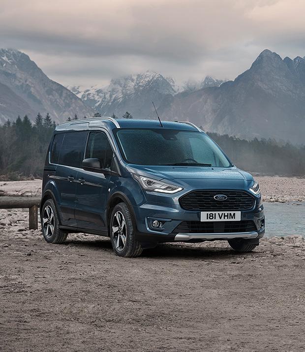Az új Ford Tourneo és Transit Connect Active modellek képességei jó szolgálatot tesznek, ha le kell térni a járt utakról
