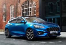 Hibrid hajtásláncú Ford Focus EcoBoost Hybrid: 17 százalékkal alacsonyabb fogyasztás, új kényelmi és konnektivitási technológiák